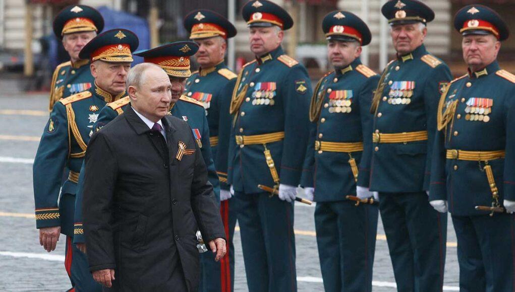 Кто опозорил русский язык? Речь Владимира Путина 9-го мая 2021 года глазами